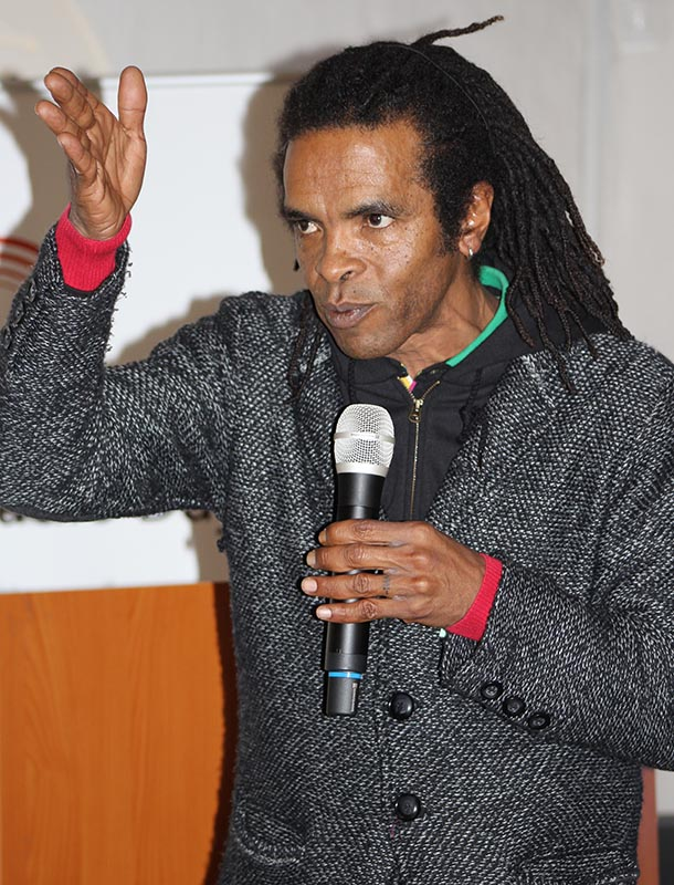 A very entertaining and humorous presentation and iscussion was conducted by Soli Philander from Taxi Radio around online radio and his dislike for advertising and marketing on radio. Photo: Prelene Singh